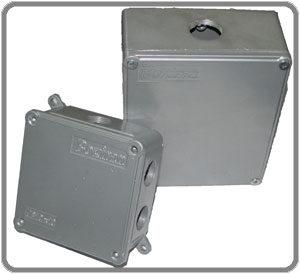 جعبه تقسیم فلزی